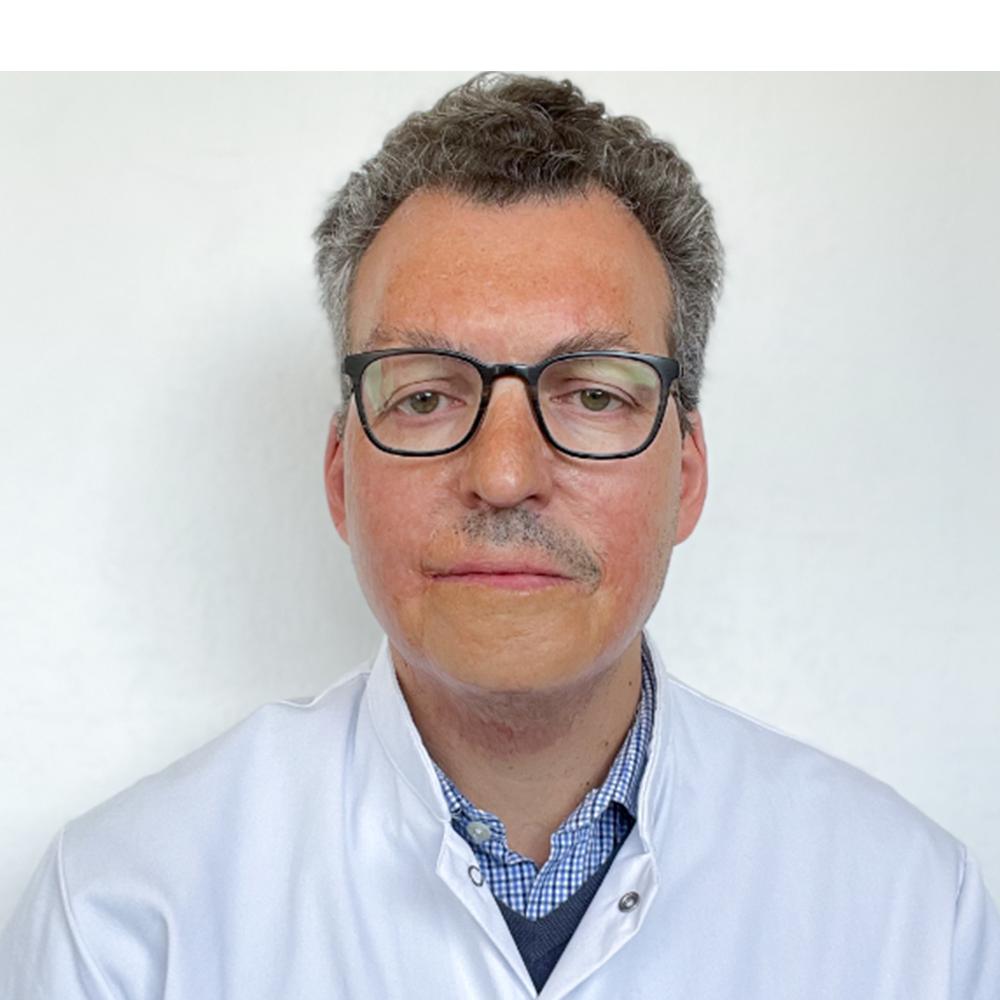 docteur-alberto-dominguez-transparent